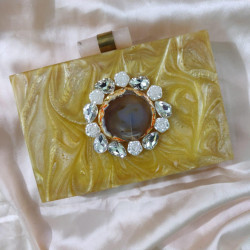 Yellow Gold Raisin Clutch (Delivery time 3 to 4 Weeks)